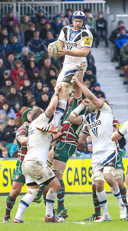 Dave_Attwood_line-out